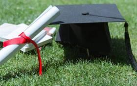 高中各科成绩都不好怎么选科-高中生成绩差怎么选科