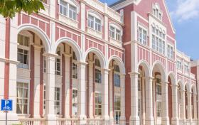 英语专业好的大学排名及分数线2021年高考参考(全国前100强)