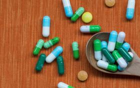 中药学和药学哪个吃香?毕业做什么工作?好就业吗?