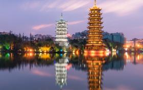 在广西招生的省外二本大学有哪些?附2021年高考文理科最低分数线