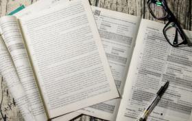 2022年高考英语取消(不再作为必考科目):高考取消英语的利与弊分析?
