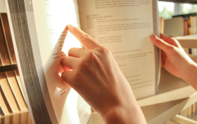 10套人民日报式标题+开头+结尾,教你学会写议论文!